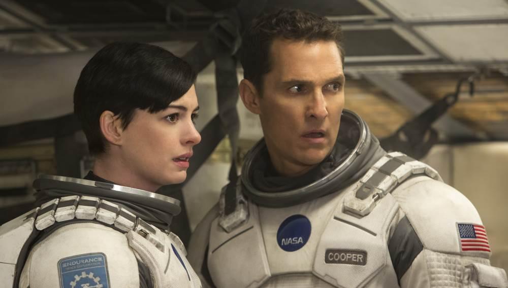 McConaughey und Hathaway machen eine gute Figur, auch dank des Drehbuchs.