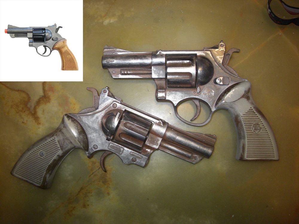 Auch wenn man seine Waffe putzt, ist sie nach Jahren abgenutzt!