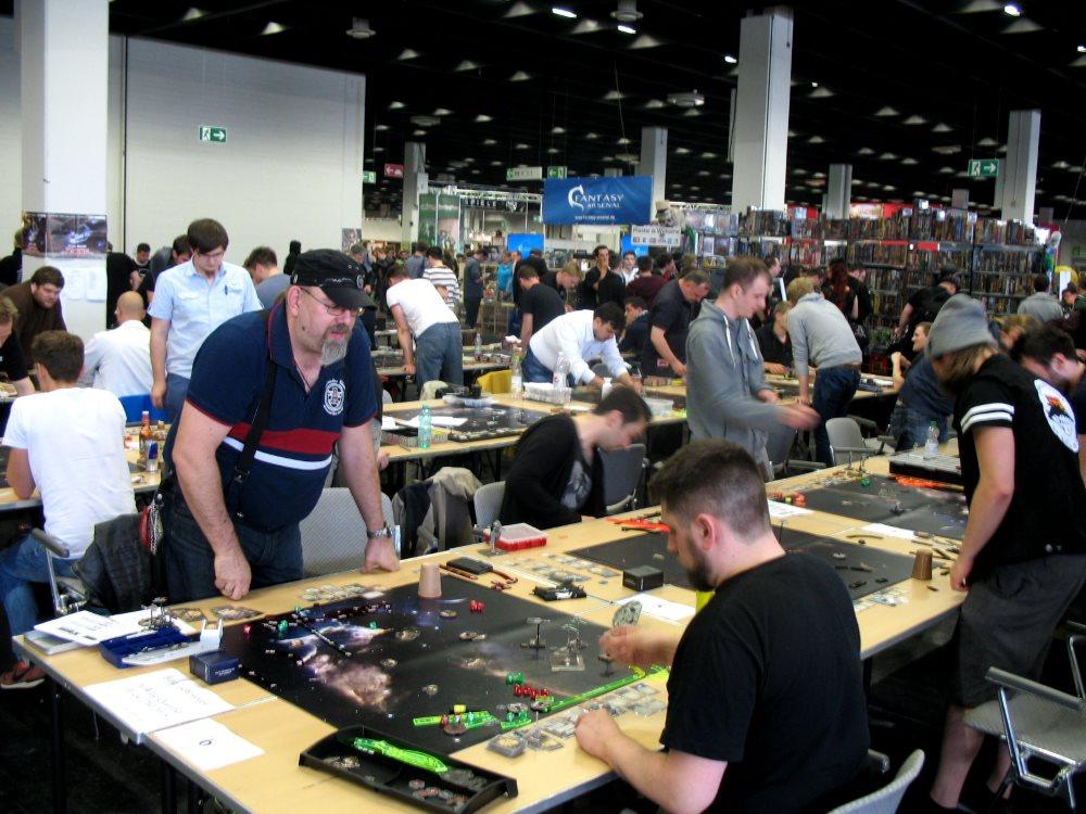 71 Teilnehmer spielten beim X-Wing DM-Qualifier