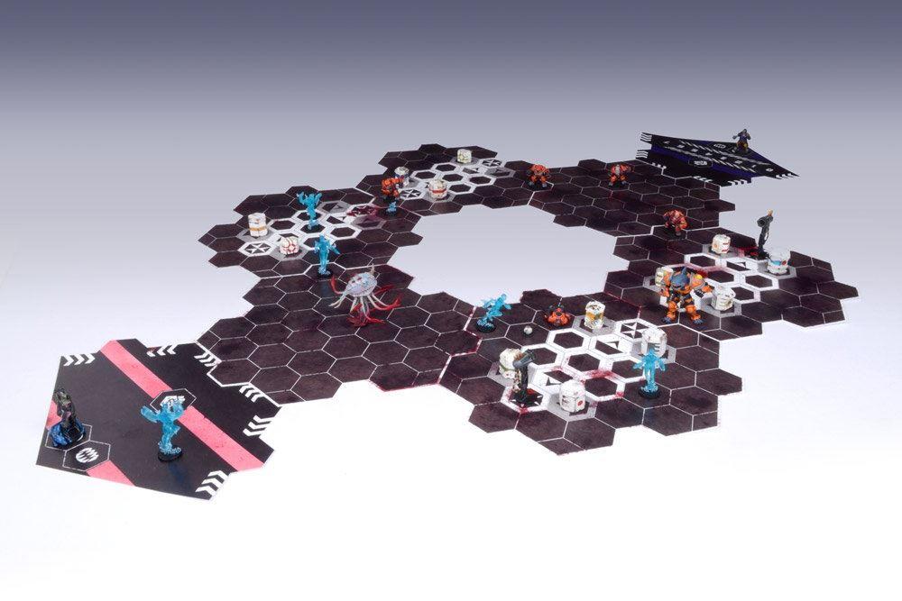 Das modulare Spielfeld besteht aus 14 Teilen und ermöglicht vielfältige Bauten.