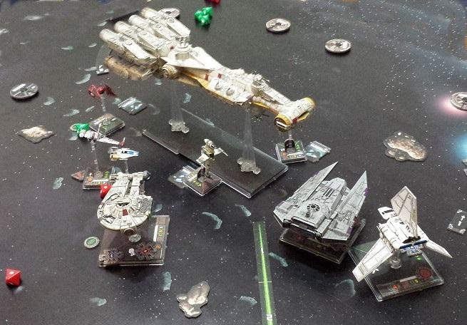Zusammenstoß im All - Sicher kein Zufall; Miniaturen: (c) Fantasy Flight Games / Heidelberger Spieleverlag