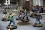 Rick und Carl Grimes treffen auf Derek's Bande