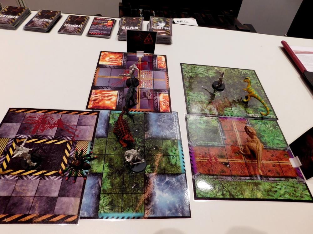 in Prototyp von Operation C, einem Dungeon Crawler, mit Miniaturen von anderen Herstellern.